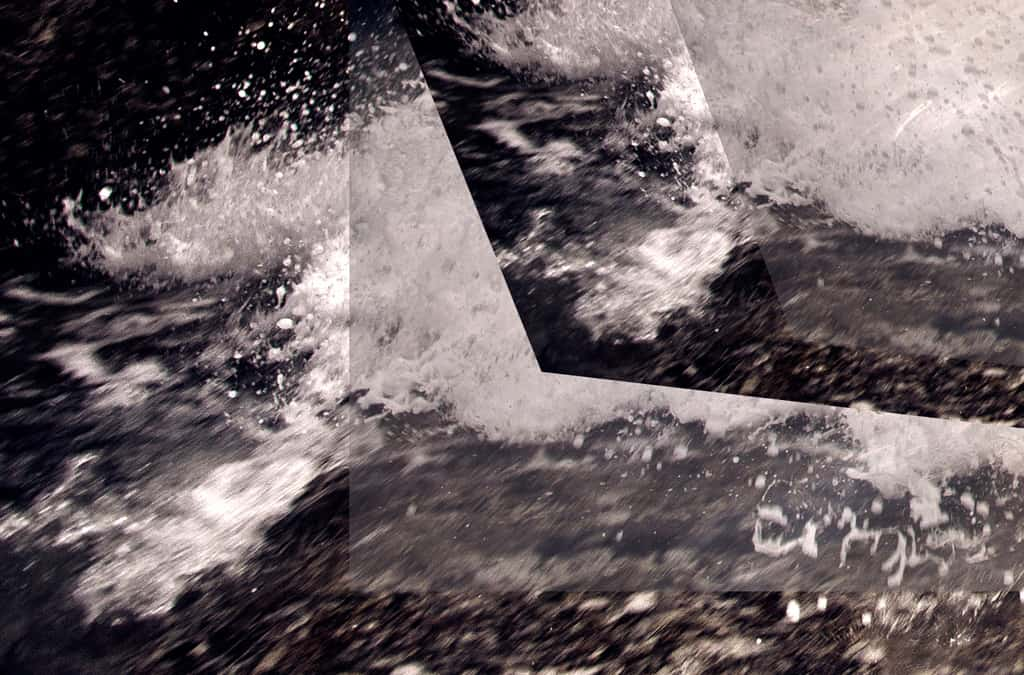 _MG_0991-splash-misaligned-tint-crop#2-BL