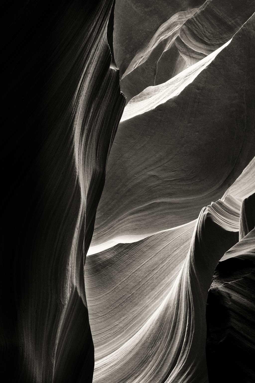 Flow of Stone Edges